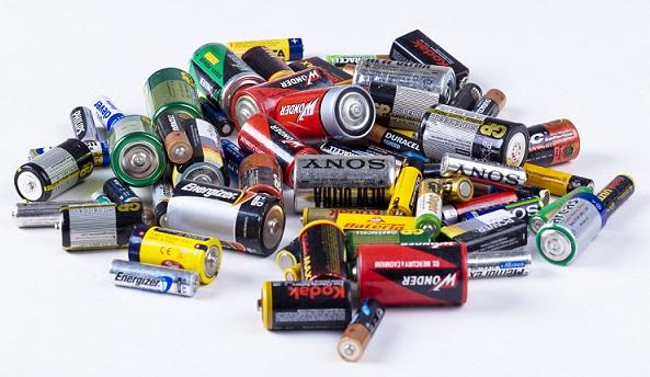 Spotřeba baterií roste, za poslední léta téměř o pětinu