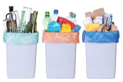 Plasty, papír a sklo třídíme na jedničku. U dalších odpadů máme rezervy. Nejlépe se třídí v menších obcích, nejslabší jsou Pražané